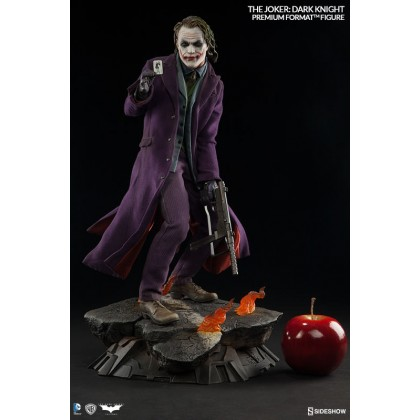 Batman: The Dark Knight - The Joker Premium Format Statue/Figure