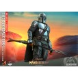 The Mandalorian and The Child Deluxe 1:4 Scale Figure - The Mandalorian - Hot Toys
