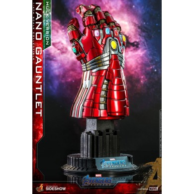 Hot Toys: Avengers Endgame - Hulk Version Nano Gauntlet 1:4 scale Figure